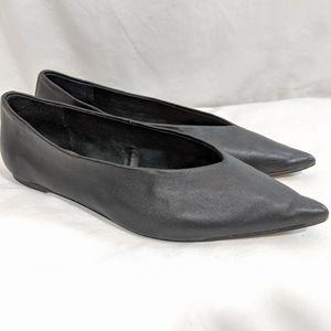 Topshop 'Attitude' Black Pointy Toe Flats
